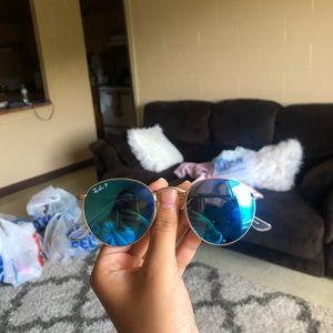 RayBan round glasses